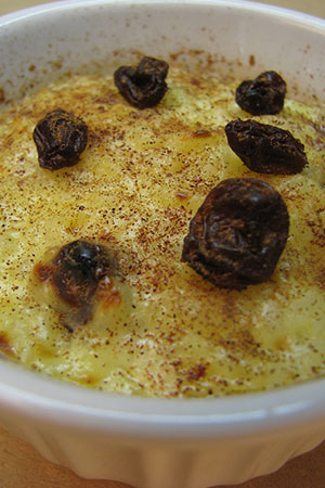 Mexican rice pudding with raisins