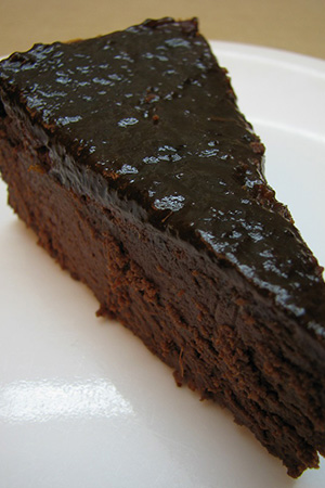 chocolate cake with prune jam topping (no flour, no milk)