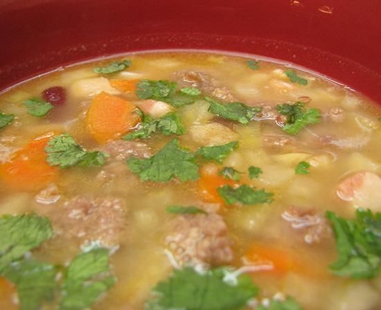 Hungarian bean soup a la Jokai